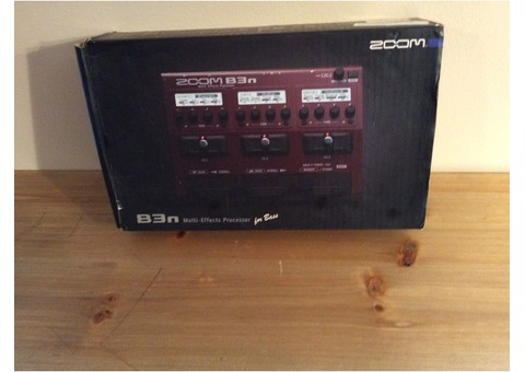 Zoom B3n Mult-Effects Processor for Bass