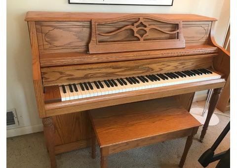 Upright piano--Otto Altenburg